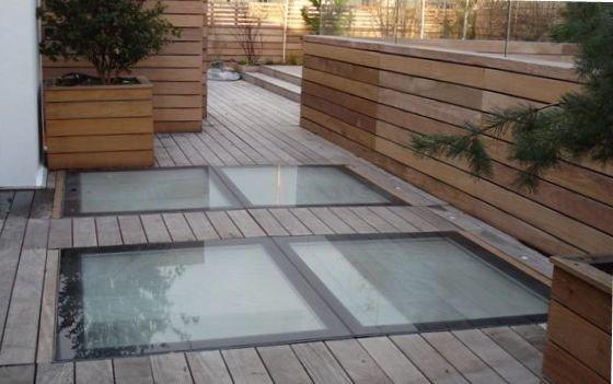 Plafonds lumineux puits de lumi re macocco verres doubles for Toit en verre pour terrasse