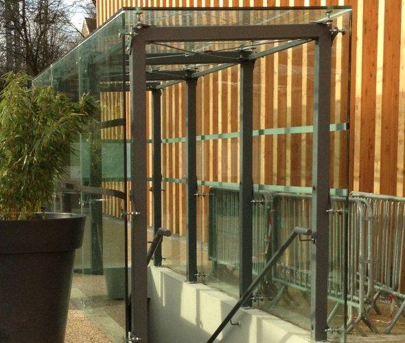 Am nagement urbain macocco verres doubles vitrages for Edicule toiture terrasse
